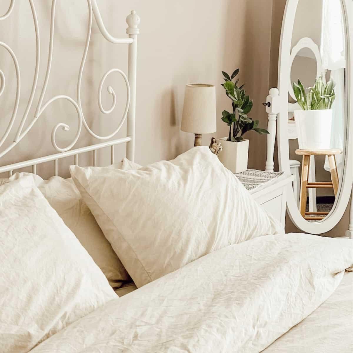 Creating a Cozy Bedroom